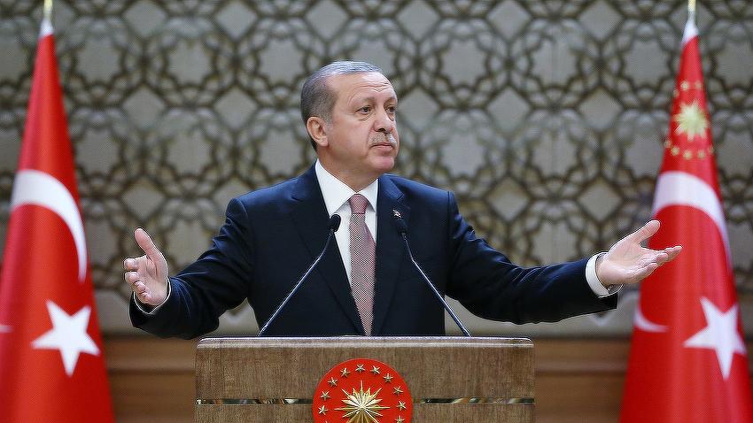 Erdogan kritikovao Ustavni sud zbog odluke o oslobađanju dvojice novinara