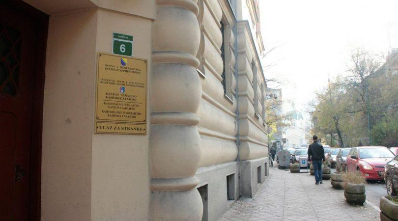Optužnica protiv Rijada Arifovića, bivšeg šefa računovodstva Farmaceutskog fakulteta u Sarajevu